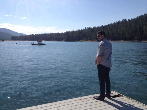 Ryan chillin' between scenes.