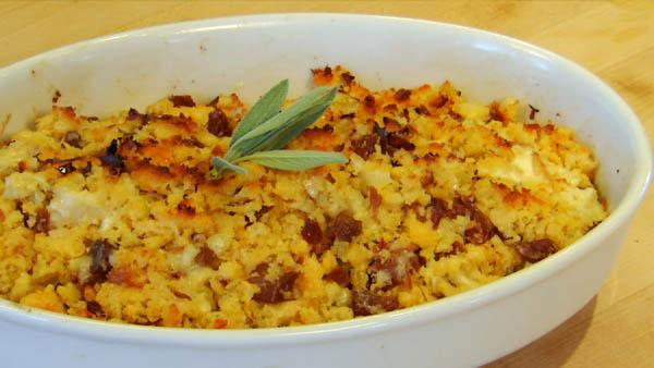 Apple and Cornbread Stuffing