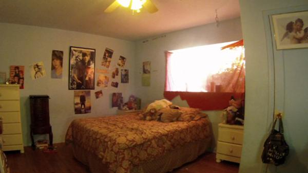 Complete Video: Bedroom Makeover for Teenage Sisters : teen-room-pictures - designwebi.com