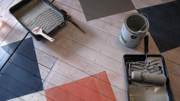 How to paint wood floors knock it off the live well for How to get paint off wood floors