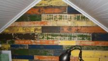 DIY Painted Pallet Wall
