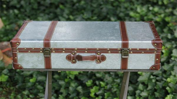 How to Make Trunk Side Table