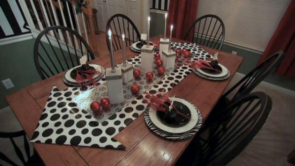 DIY Modern Holiday Tablescape