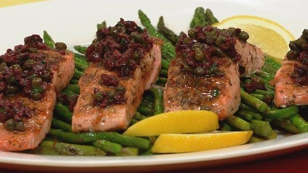 Tuscan Grilled Salmon with Grilled Asparagus