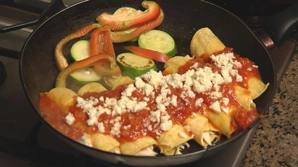 Red chicken enchiladas live big with ali vincent the live well red chicken enchiladas forumfinder Image collections