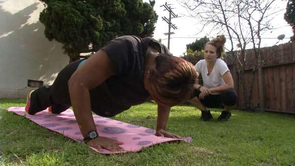 Personal Trainer Helps Bridgette Lewis with Workout Plan