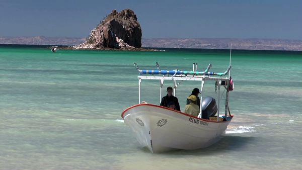 Rick Bayless Explores Mexico's Espiritu Santo Island