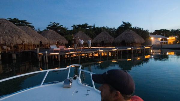 Motion Guest Hiker Enjoys Island Life in Belize