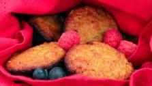 Paleo Apple Almond Muffins