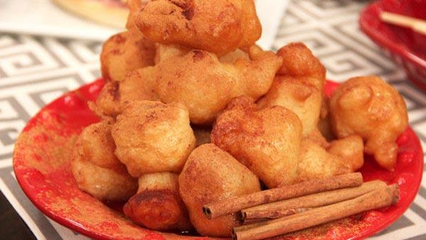 Loukoumades (Greek Doughnuts and Honey)